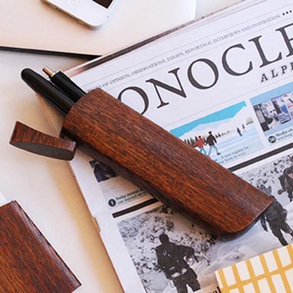 オークヴィレッジ 短刀 モチーフ木製ペンケース