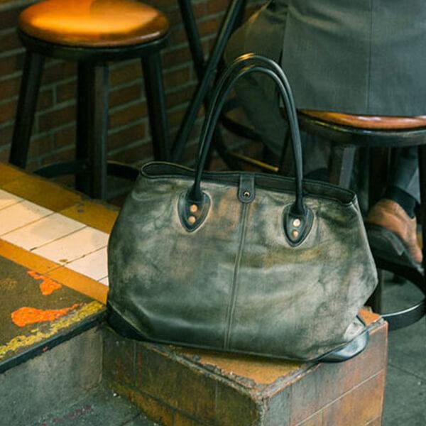 モブリス Wax Leather Tote Bag