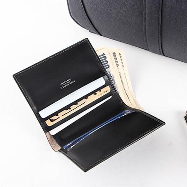フリースピリッツの二つ折り財布 超薄型